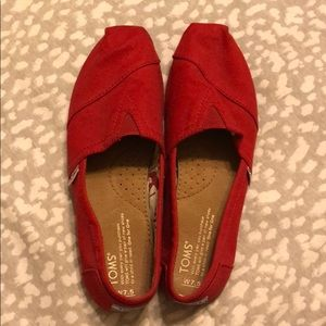 Red slip on Toms- Great condition!